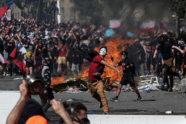 В Чили закончился главный миф советских либералов