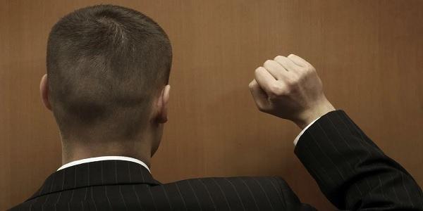 Верховный суд считает, что есть лишь один случай, когда банк может передать долг коллекторам