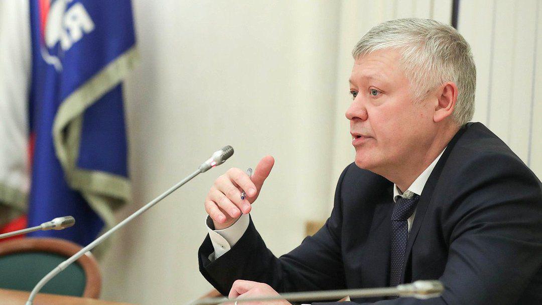 Депутат восхитился борьбой с коррупцией в России. У его дочери нашли элитную квартиру за 45 млн рубл