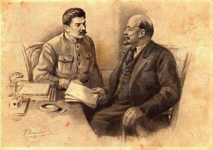 Почему России сейчас нужен великий мозг Ленина, а не хваткая рука Сталина