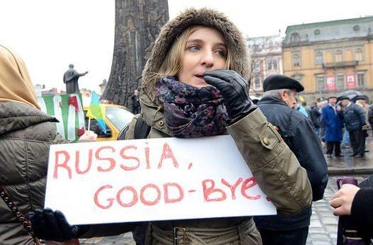 Кому на Руси жить нехорошо – и хочется, задрав штаны, бежать долой…