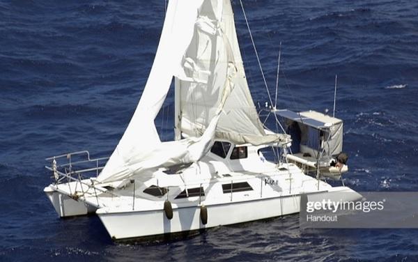 Экипаж яхты загадочно исчез в океане
