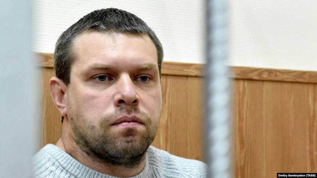 Экс-полицейский признался, что подбросил наркотики журналисту Голунову