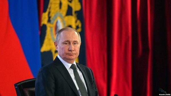 Путин одобрил поправку о непризнании решений зарубежных судов