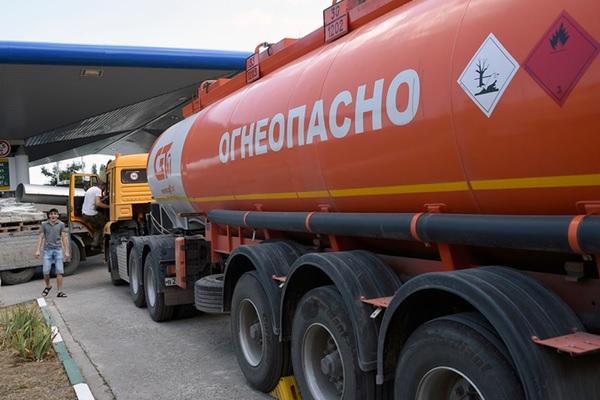 Импортный бензин скоро может потеснить отечественный на российском рынке
