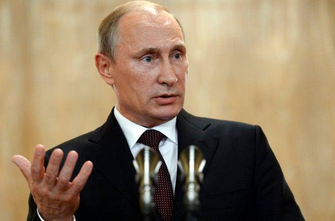 Нет, Путина, вдруг отменившего все эти карантины, умом понять нельзя!