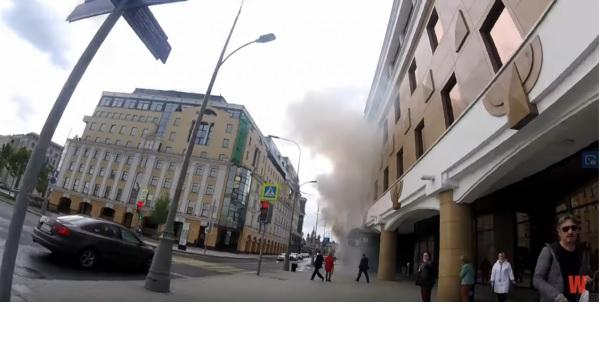 Офис Google в Москве забросали дымовыми шашками из-за несправедливой цензуры