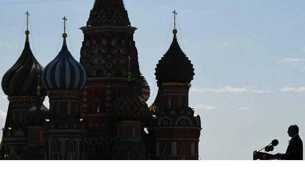 Весь кризис на манеже. Почему Путин полюбил обращения к нации и что скажет дальше