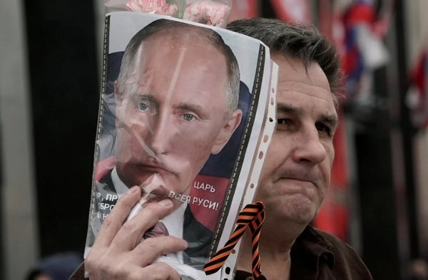 «Очень приятно, царь». Почему Владимир Путин собрался на пятый срок