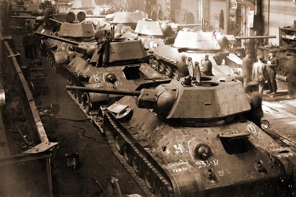 Почему Гитлер решил воевать с Советским Союзом?