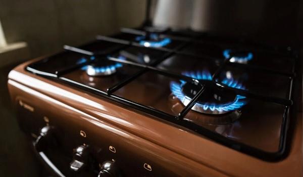 Из-за обычной газовой плиты, установленной на кухне, можно получить сразу несколько штрафов