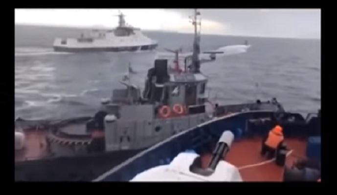 Зачем Порошенко подставил своих моряков