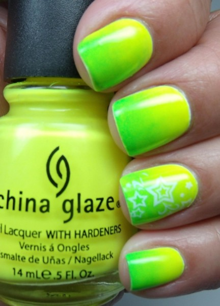 Gradient Nails in Yellow Polka Dot Bikini and Kiwi Cool-Ada by Carolina Garcia