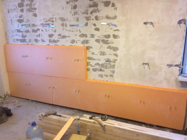 Монтаж пеноплекса на стену на пену