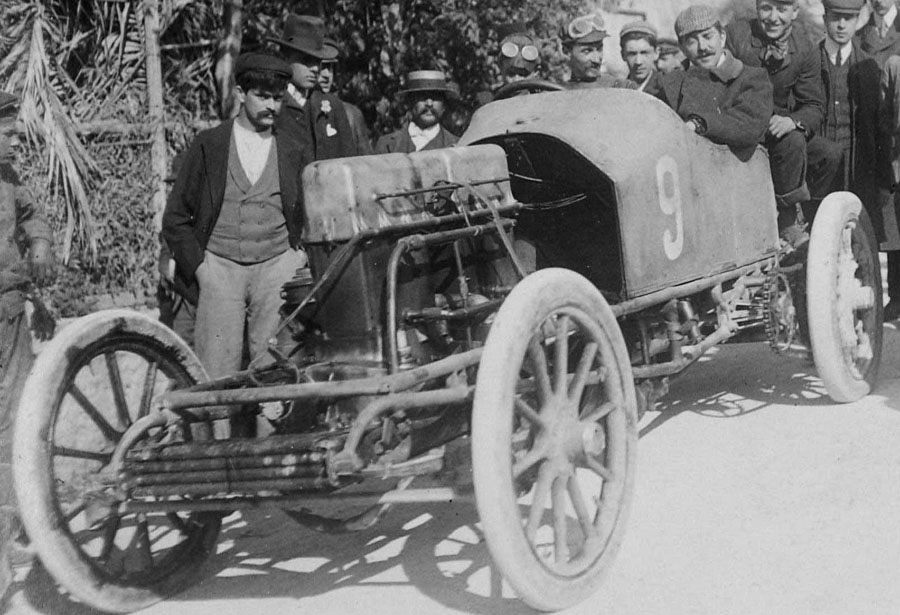 Gobron-Brilli_1904_Semaine_de_Nice_La_Coupe_de_Caters-1_1