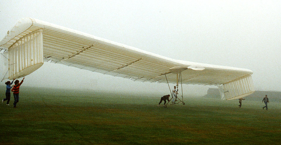 db_65__Phoenix-_Fred_pedalling_in_foggy_weather1
