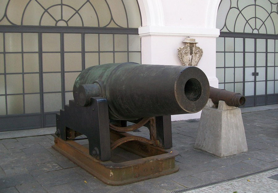 Paraguayan cannon El Cristiano captured in 1868