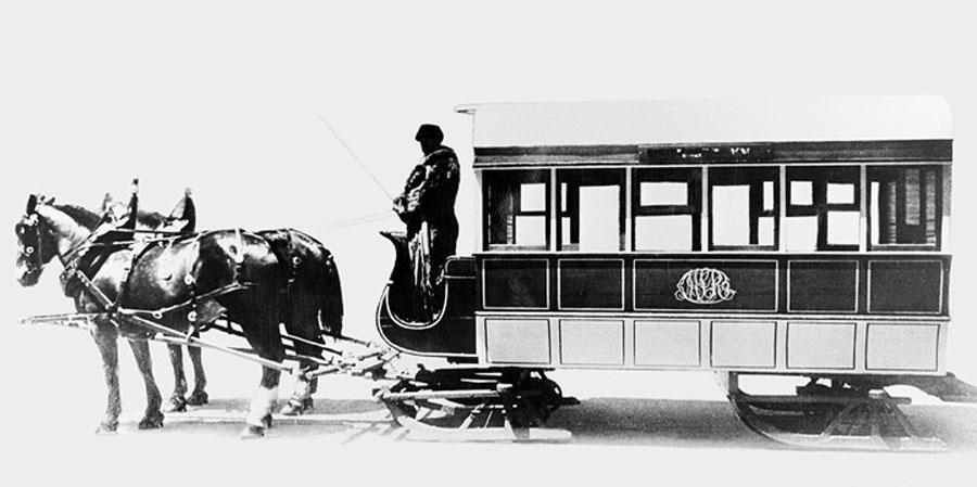 ht1_1861_1-861-002_tramway_traineau_avant_1892