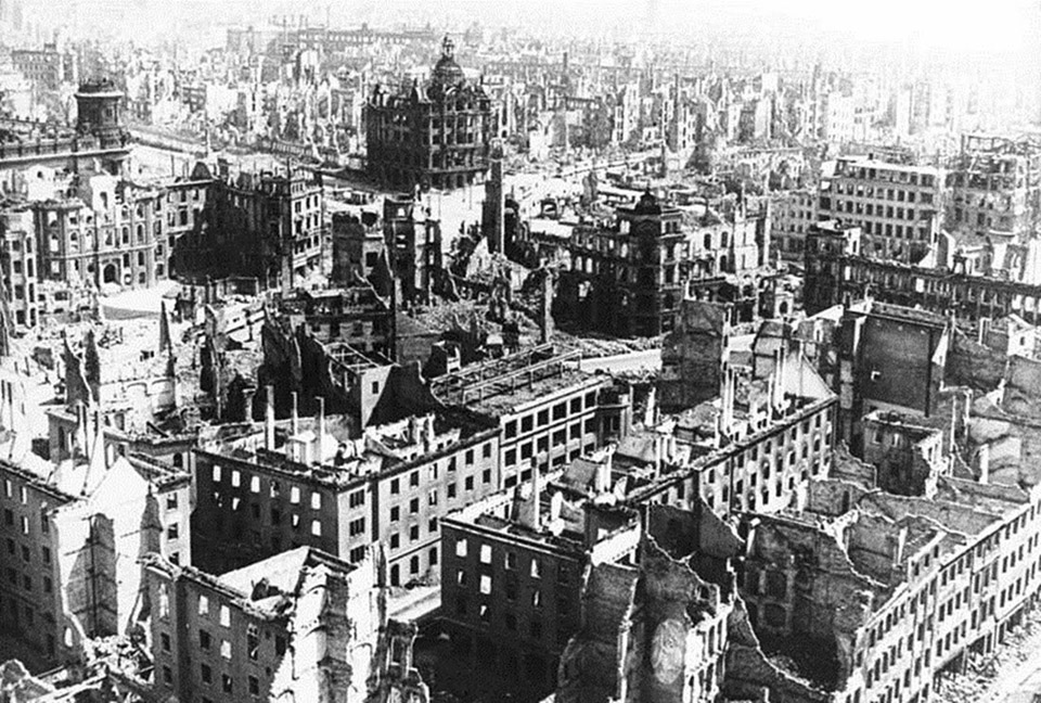 The ruins of Dresden, 1945 2