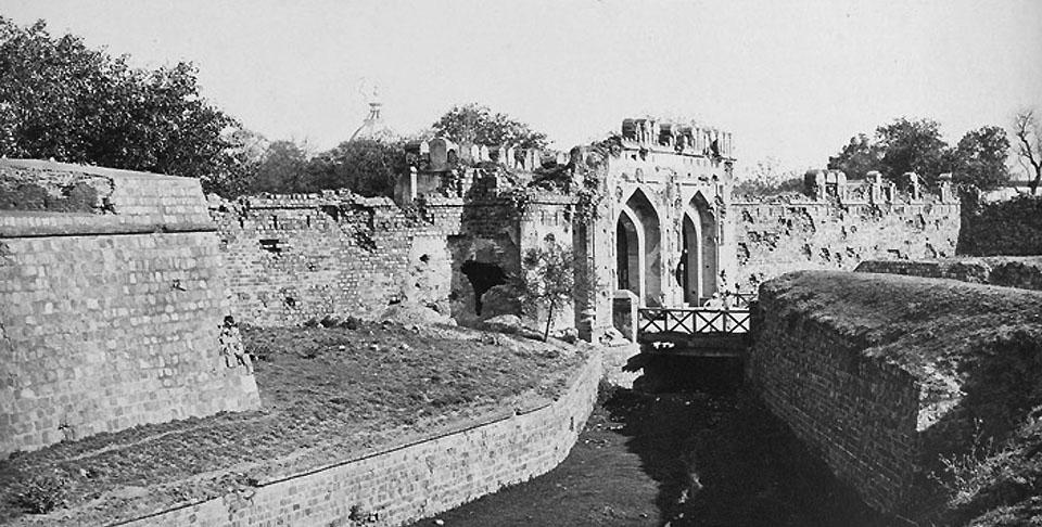 1857_cashmeri_gate_delhi