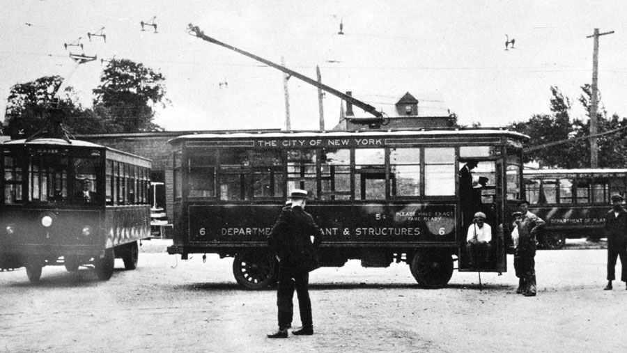 TrolleyBus NYC early