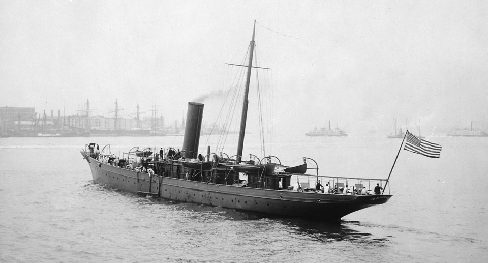 Gloucester_formerly_J._P._Morgan's_Corsair._Converted_yacht._Port_stern_quarter,_05-24-1898_-_NARA_-_512926