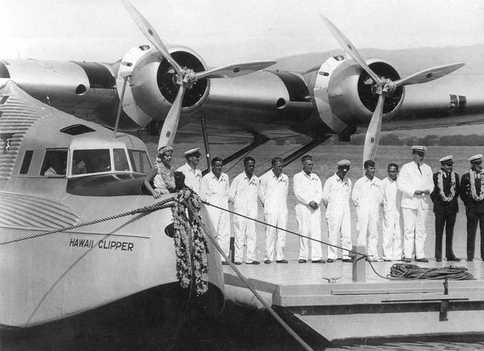 Crew-Christening-pan-am-Hawaii-Clipper-1936-m130