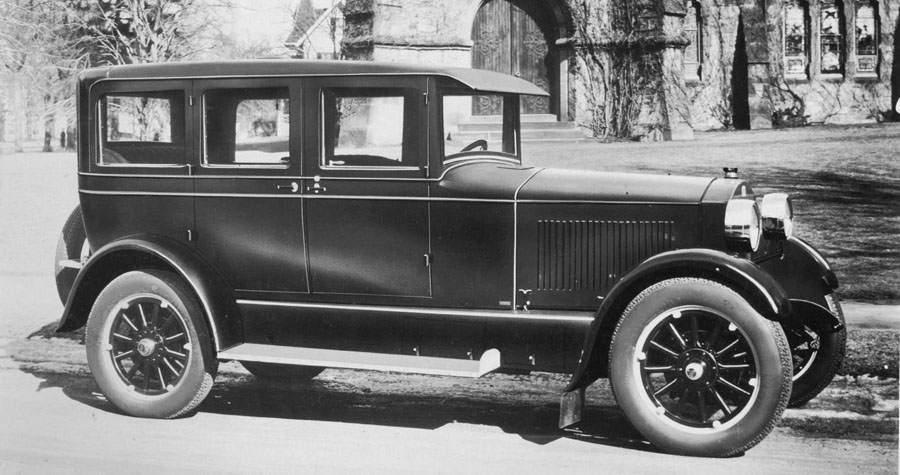 steam_vehicle_corp_1925_sv_252g_sedan_2_front