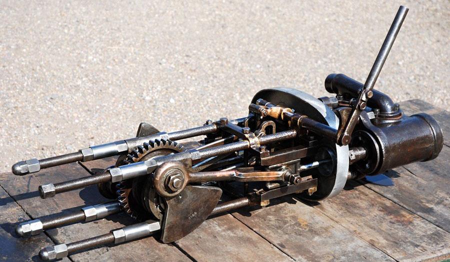 Stanley_10HP_Engine_2