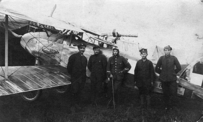 piloci-2-Eskadry-Wielkopolskiej-1024x655