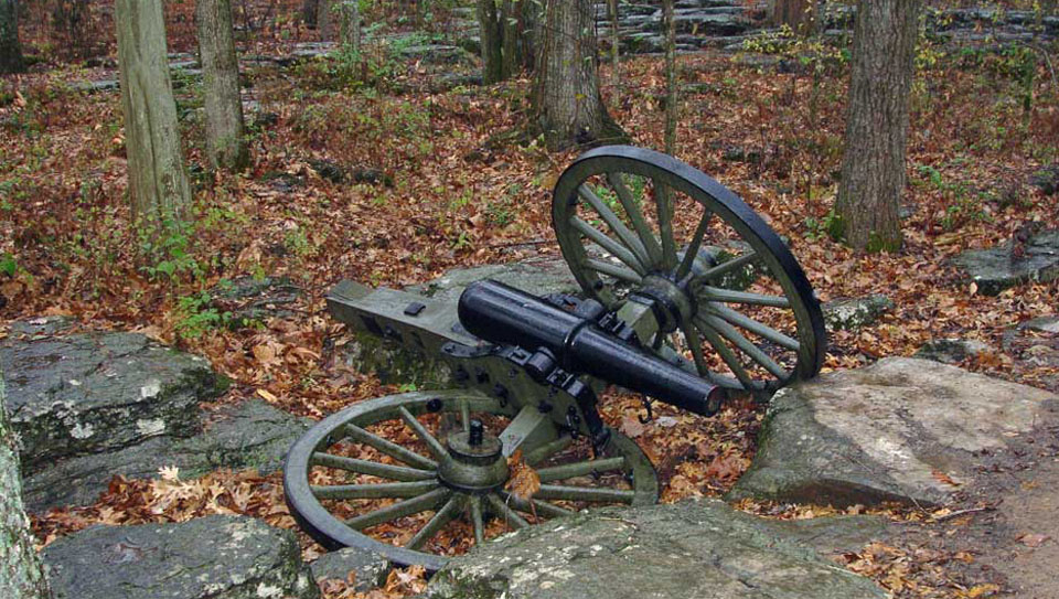 12-pounder_Napoleon_cannon_at_Stones_River_National_Battlefield