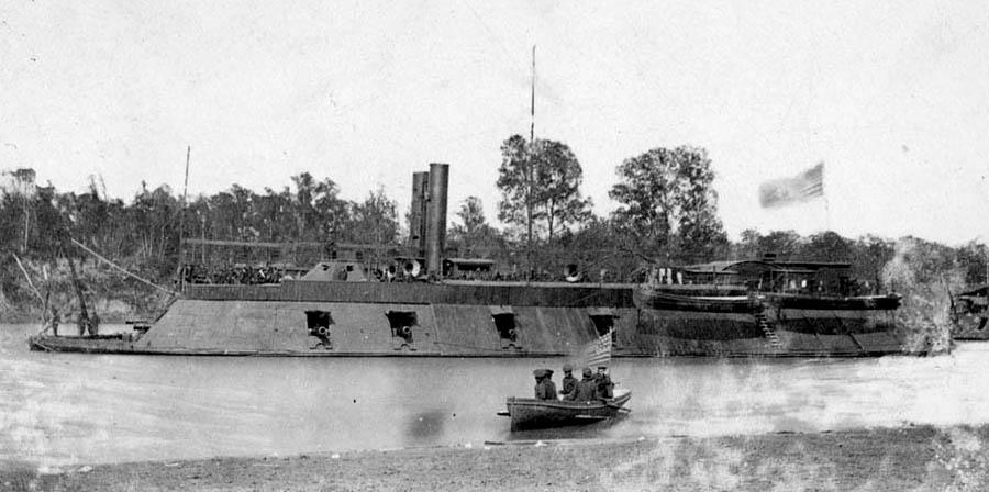 USS-Pittsburg-30817