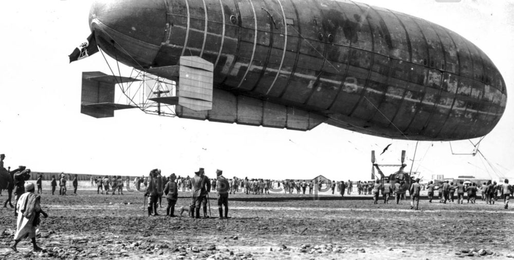 italian-airship-in-landinglibya-1912-F7781Y