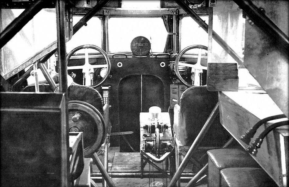 staaken-r-vi-cockpit-F5JR7Y