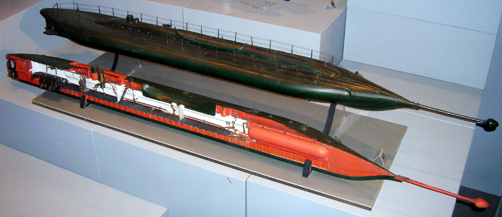 Le_plongeur_submarine_model