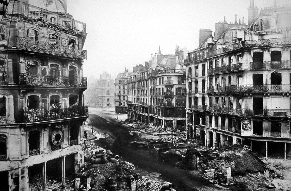 Paris_Commune_rue_de_Rivoli