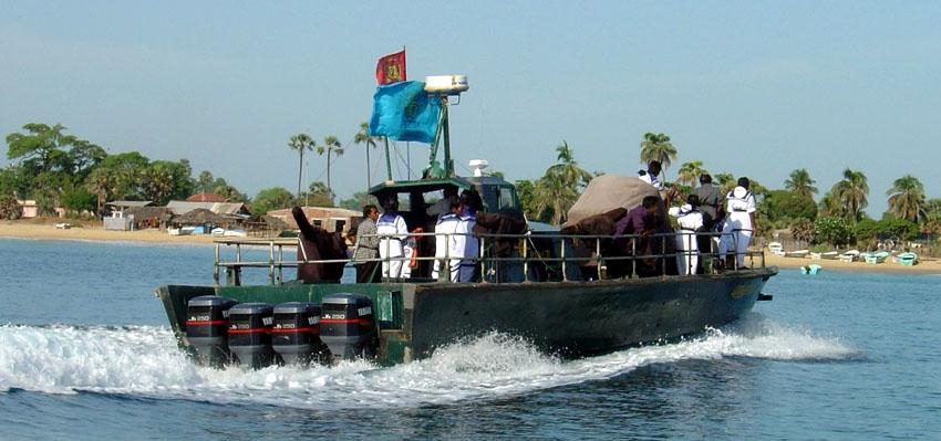 Sea_Tiger_Fast_Attack_boat