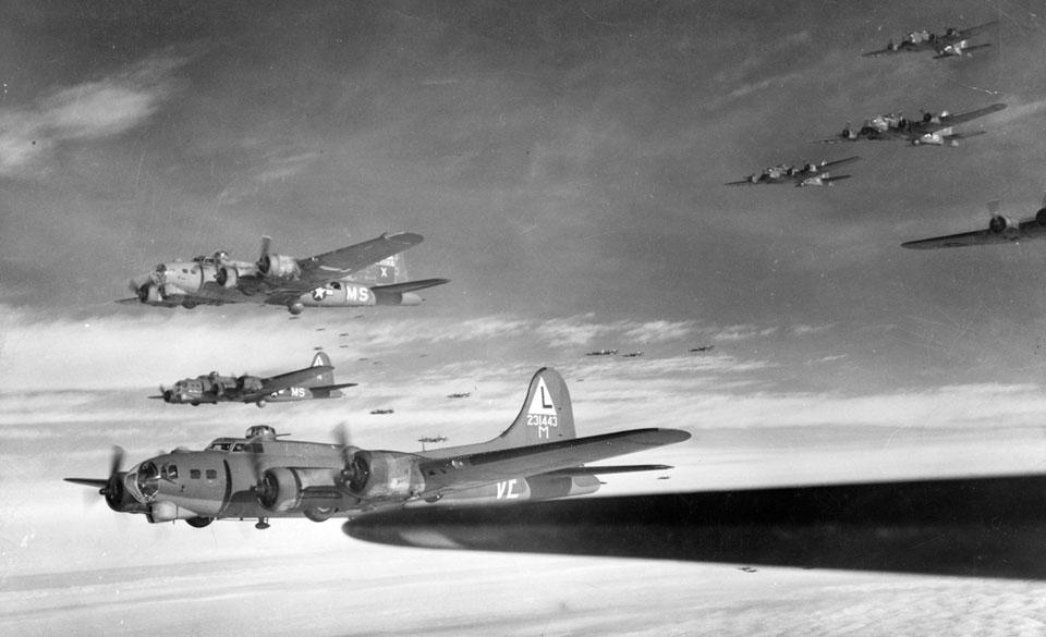 B-17Gs_381st_BG_en_route_to_target