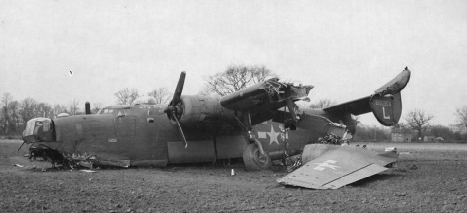 b-24j-445th-bg-703rd-bs-crash-landed