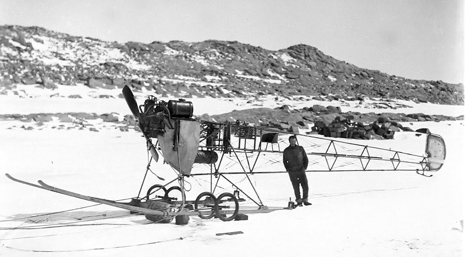 vickers-rep-in-antarctica