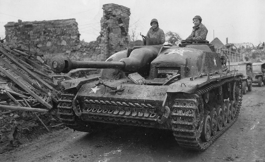 Captured_StuG_III_in_U.S._service_with_concrete_armour