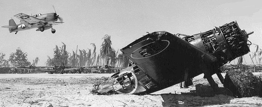 Hellcat-Tarawa-1943_zpsa4d3512a