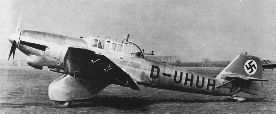 Ju87V2-Prototype-(D-UHUH)-WrkN4922-EastStelle-RechlinGermany-Feb1936-2f-s