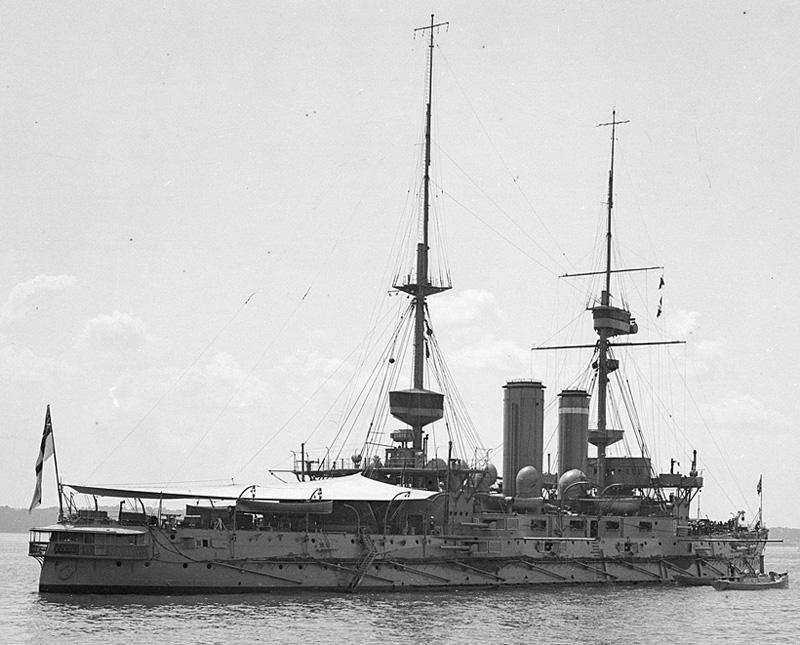 HMS_Implacable_Spithead_1909_Flickr_4793355702_4792e59389_o