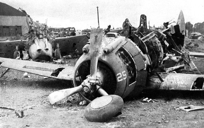 WreckedP-35s-LuzonNicholsFieldPhilippinesDec10-1941