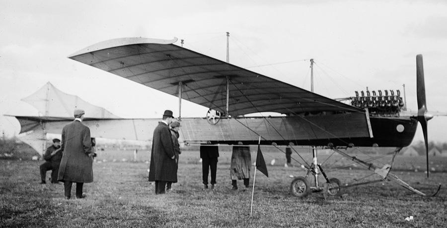 latham-antoinette-vii-100hp-v-16-ny-1910