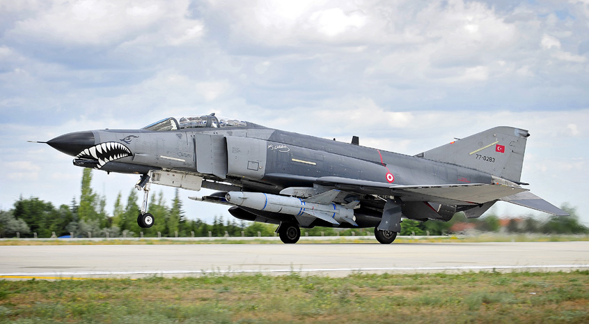 Turkish_Air_Force_F4E_Phantom_II_MOD_45157794