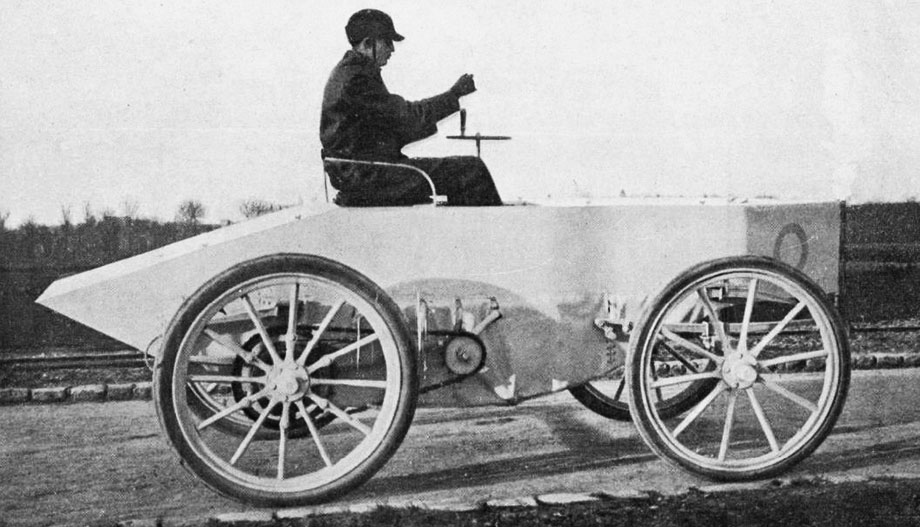 Le_comte_Gaston_de_Chasseloup-Laubat_le_4_mars_1899