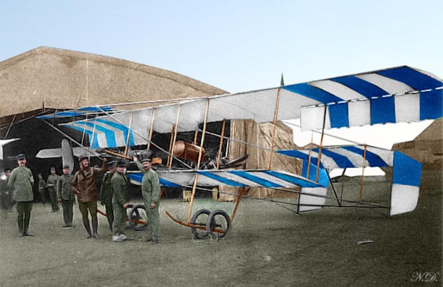 Farmanbiplane-Larisa