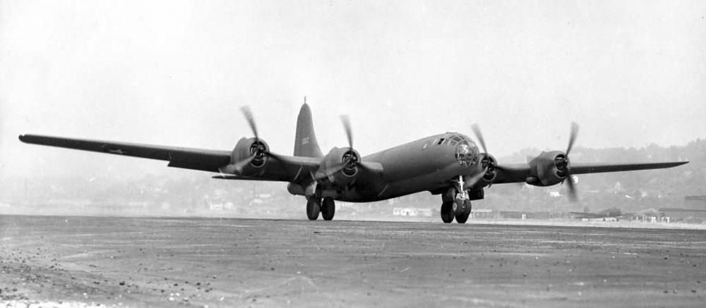 XB-29_41-002_1942.jpg